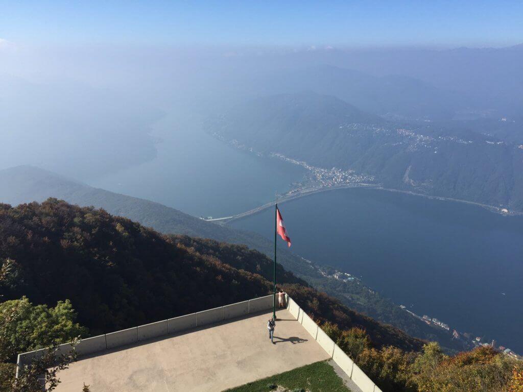 Вид с балкона Италии